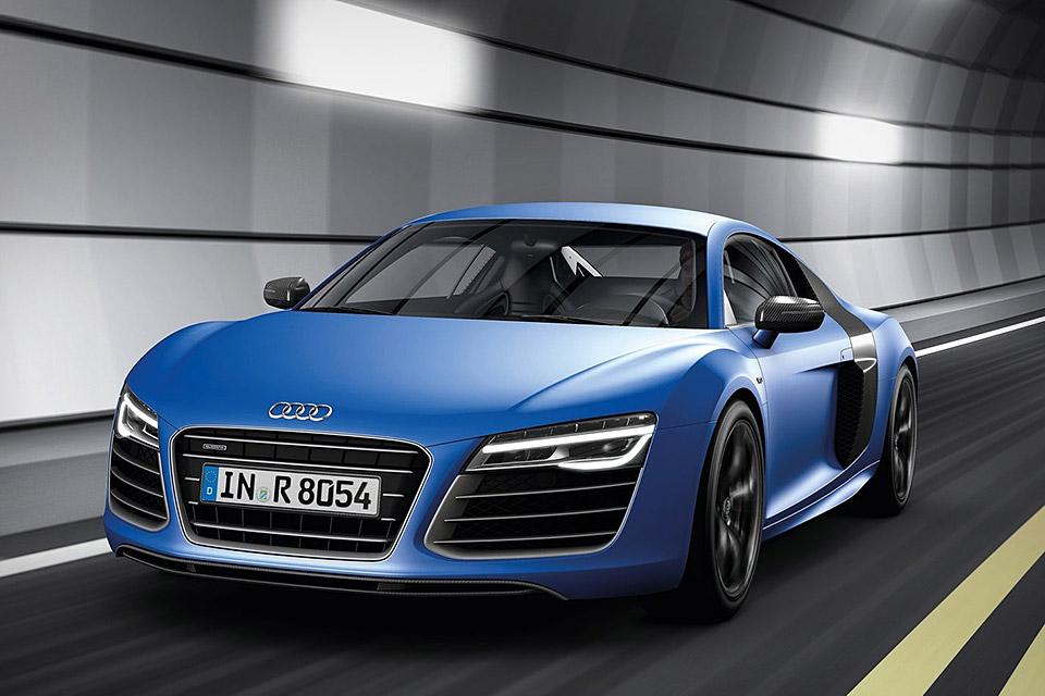 Audi R8 V10 Plus - CAR and GAS