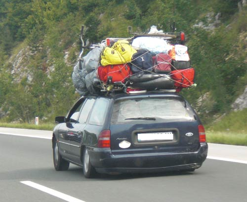 Aprovechas el maletero cargamos bien el coche car and gas for Maletero techo coche